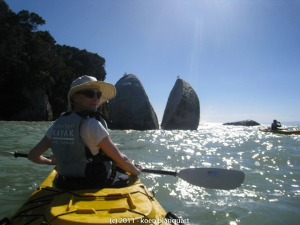 Kayak near the Split Apple in Abel Tasman National Park
