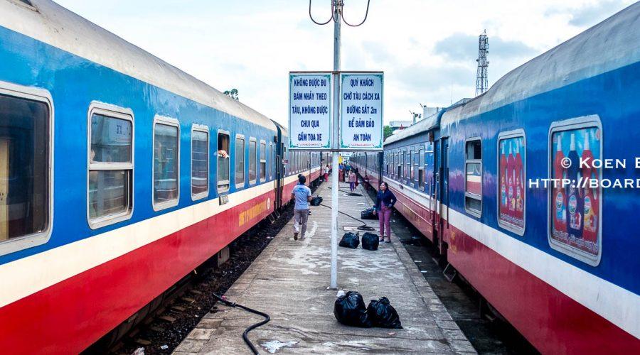 Train between Saigon and Hanoi